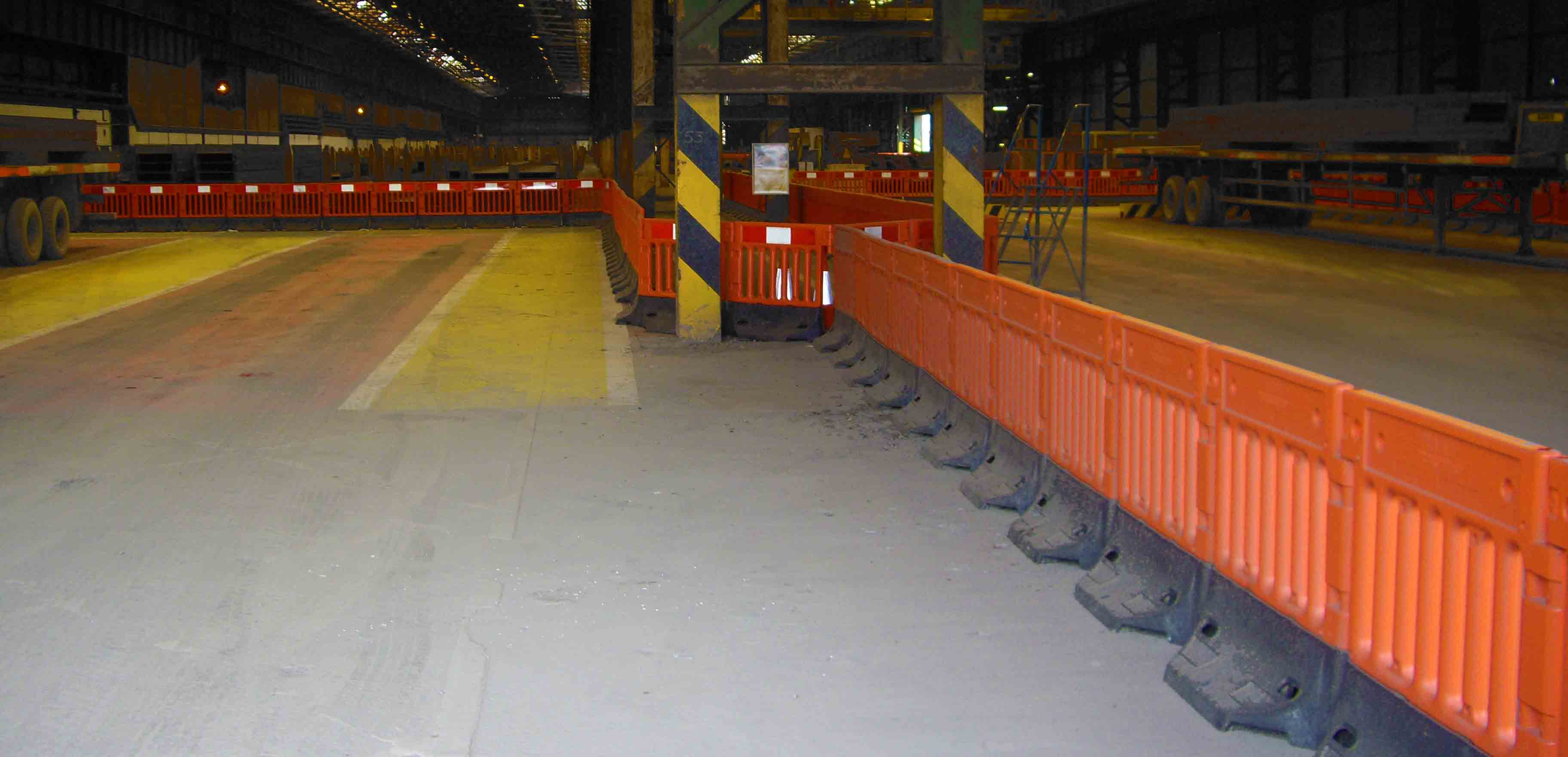 StrongWall Industrial Warehouse Barrier